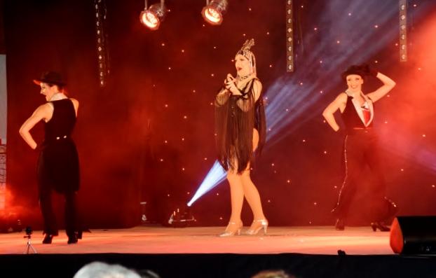 Cabaret PORT DES BARQUES 013