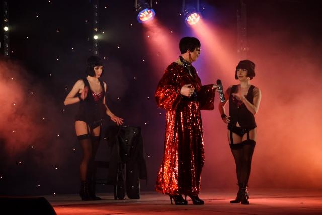 Cabaret PORT DES BARQUES 041