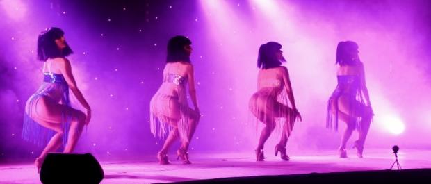 Cabaret PORT DES BARQUES 047