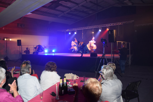 Cabaret PORT DES BARQUES 058