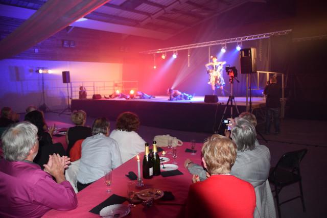 Cabaret PORT DES BARQUES 059