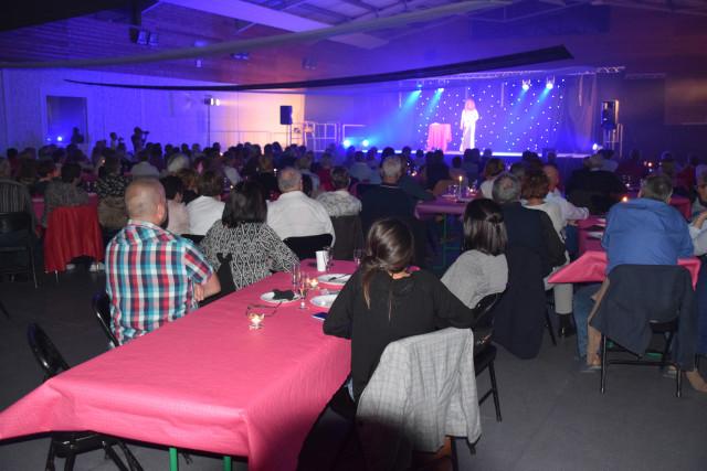 Cabaret PORT DES BARQUES 061