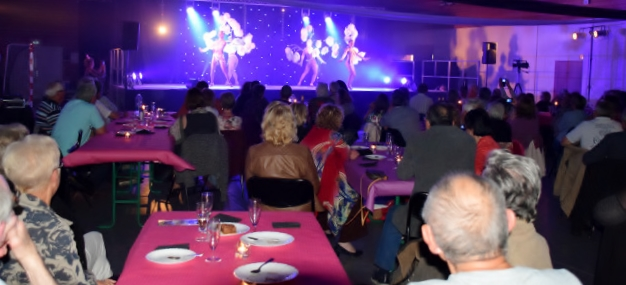 Cabaret PORT DES BARQUES 069