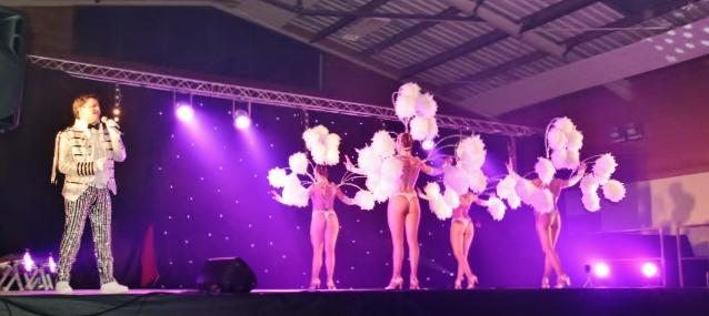 Cabaret PORT DES BARQUES 071