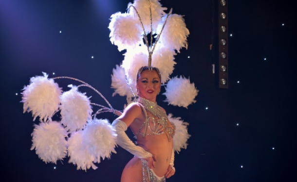 Cabaret PORT DES BARQUES 077
